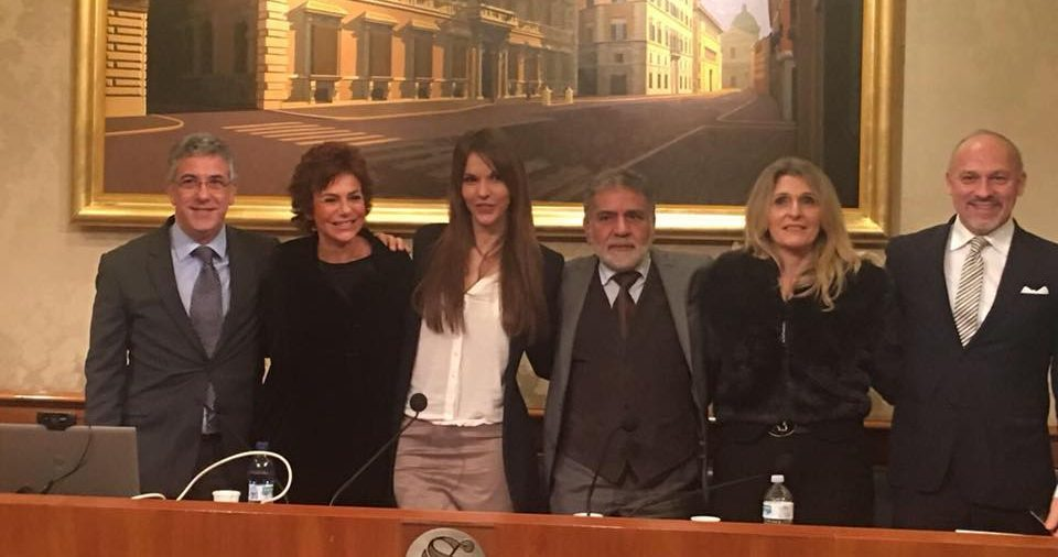 """Sara Manfuso presenta la """"squadra"""" di #IoCosì"""